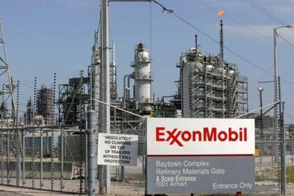 Exxon bán tài sản để giảm số nợ kỷ lục