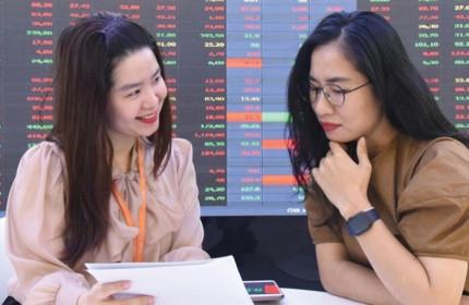 VN-Index 'xanh vỏ đỏ lòng', cổ phiếu thủy sản và phân bón tăng vọt