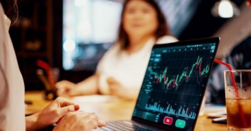 Nhìn cổ phiếu nào cũng muốn mua, danh mục 'dài như quỹ ETF', phải làm sao để kiểm soát tốt hơn?