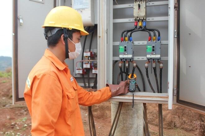 EVNCPC: Giảm 90 tỷ đồng cho 741 nghìn khách hàng sử dụng điện MT-TN đợt 4