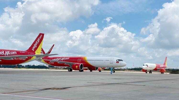 Chuyến bay Vietjet chở 200 máy thở hiện đại từ Đức đã về Việt Nam