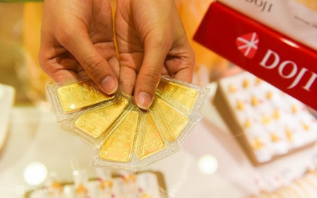 Chênh lệch mua bán vàng trên 1 triệu đồng/lượng, Doji và Phú Quý đang đẩy rủi ro cho khách hàng?
