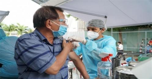 Covid-19 ở Việt Nam sáng 15/8: Hơn 13,7 triệu liều vaccine đã tiêm chủng, Hà Nội lường tình huống 40.000 ca mắc