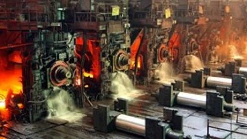 Sản lượng thép tại Trung Quốc giảm gần 8% so với tháng 6