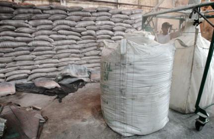 Nhập khẩu đường vào Việt Nam vẫn tăng mạnh 6 tháng đầu năm