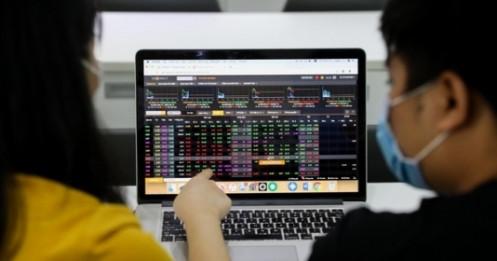 Cổ phiếu chứng khoán tăng nóng, liệu còn dư địa?