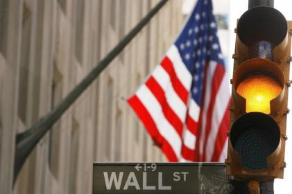 Phố Wall mở cửa giảm điểm do lo ngại về Covid trên toàn cầu; Dow giảm 150 điểm