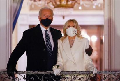 Tổng thống Mỹ và phu nhân sẽ tiêm mũi vaccine COVID-19 thứ ba