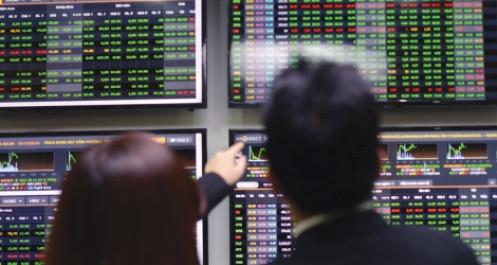 Đặt cược vào tương lai, công ty chứng khoán tăng tốc huy động vốn