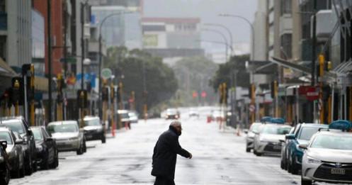 Ổ dịch COVID-19 tăng lên 31 ca, New Zealand gia hạn phong toả toàn quốc
