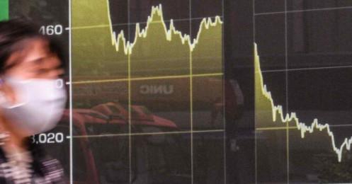 Nhà đầu tư đổ tiền vào các quỹ ETF của thị trường mới nổi trừ Trung Quốc