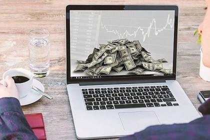 Khối ngoại bán ròng mạnh nhất 11 tuần, 'xả' mạnh cổ phiếu bluechip