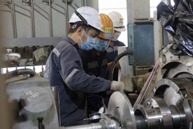 Nhu cầu thị trường yếu do Covid-19 gây khó khăn với sản phẩm dầu khí