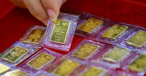 Đồng USD lên đỉnh 9 tháng và kìm hãm giá vàng