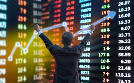 Cổ phiếu chứng khoán ngược dòng thị trường, liệu có tiếp đà bùng nổ?