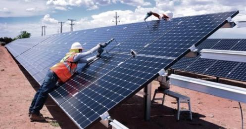 590 tỷ đồng tiếp tục chảy về dự án điện mặt trời KN Vạn Ninh