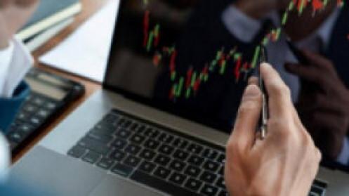 Nhận định thị trường ngày 26/8: Tiếp tục lình xình đi lên